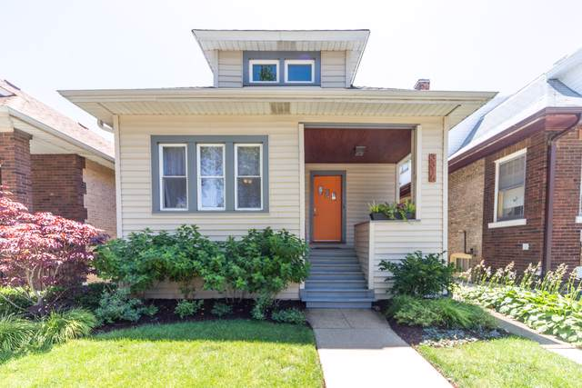 3315 W Hutchinson Street, Chicago, IL 60618 (MLS #10453961) :: Ryan Dallas Real Estate