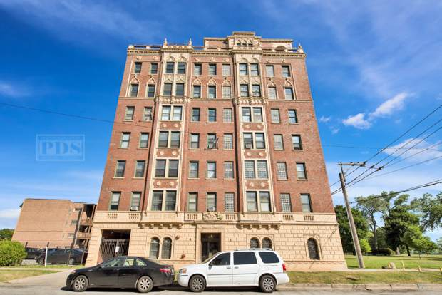 2860 E 76th Street 6A, Chicago, IL 60649 (MLS #10454226) :: The Perotti Group | Compass Real Estate