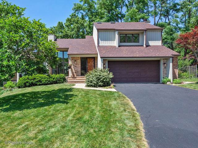 1845 Hickory Lane, Wheaton, IL 60187 (MLS #10454273) :: Berkshire Hathaway HomeServices Snyder Real Estate