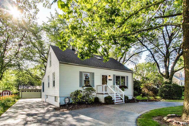 5809 Wolf Road, La Grange Highlands, IL 60525 (MLS #10454368) :: Angela Walker Homes Real Estate Group