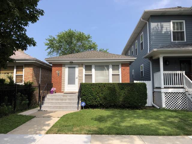 3811 N Sacramento Avenue, Chicago, IL 60618 (MLS #10454457) :: Ryan Dallas Real Estate