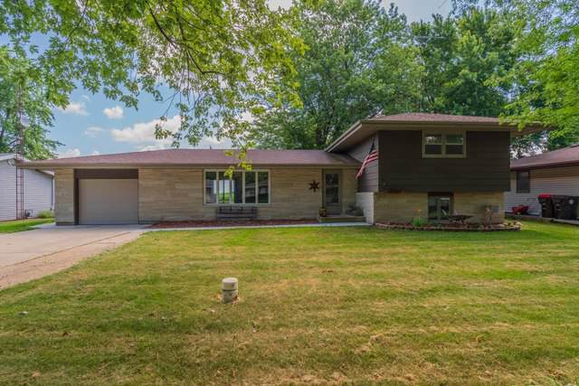 308 S East Street, Hudson, IL 61748 (MLS #10454704) :: Berkshire Hathaway HomeServices Snyder Real Estate
