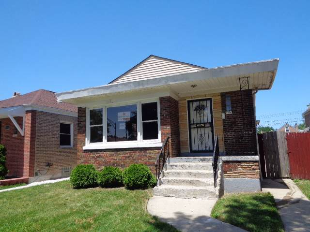 3532 W 73RD Street, Chicago, IL 60629 (MLS #10454734) :: The Perotti Group | Compass Real Estate