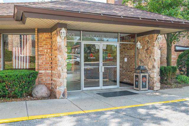 1101 S Hunt Club Drive #111, Mount Prospect, IL 60056 (MLS #10454934) :: The Perotti Group | Compass Real Estate