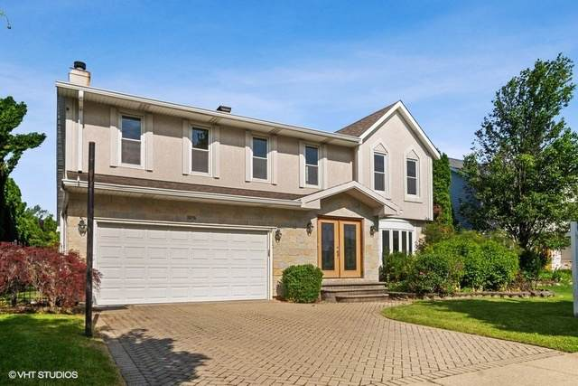 1826 N Highland Avenue, Arlington Heights, IL 60004 (MLS #10454959) :: The Perotti Group | Compass Real Estate