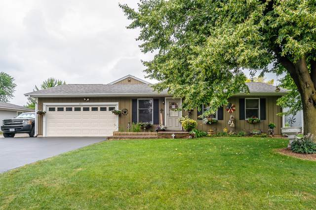 685 Lasalle Drive, Lake Holiday, IL 60552 (MLS #10455010) :: The Perotti Group | Compass Real Estate