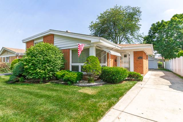 11105 Martindale Drive, Westchester, IL 60154 (MLS #10455339) :: Berkshire Hathaway HomeServices Snyder Real Estate