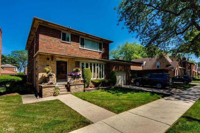 8225 S Oglesby Avenue, Chicago, IL 60617 (MLS #10455707) :: Berkshire Hathaway HomeServices Snyder Real Estate
