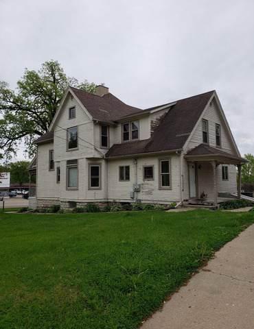 745 N Brinton Avenue, Dixon, IL 61021 (MLS #10456023) :: Property Consultants Realty