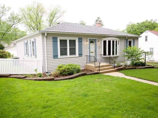 110 S Park Street, Westmont, IL 60559 (MLS #10456113) :: Ani Real Estate