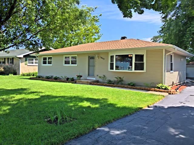 1805 Fairfield Road, Lindenhurst, IL 60046 (MLS #10456290) :: Baz Realty Network | Keller Williams Elite