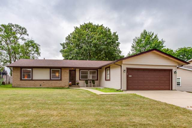 1373 E Cumberland Circle, Elk Grove Village, IL 60007 (MLS #10456312) :: Berkshire Hathaway HomeServices Snyder Real Estate