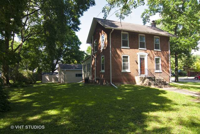 211 E Center Street, Yorkville, IL 60560 (MLS #10456460) :: Berkshire Hathaway HomeServices Snyder Real Estate