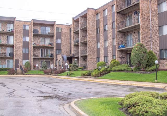 625 W Huntington Commons Road #105, Mount Prospect, IL 60056 (MLS #10456481) :: Touchstone Group