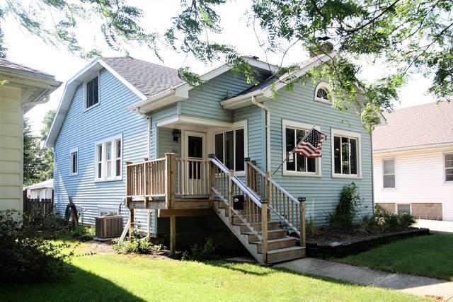 1511 Waverly Place, Joliet, IL 60435 (MLS #10456615) :: Lewke Partners