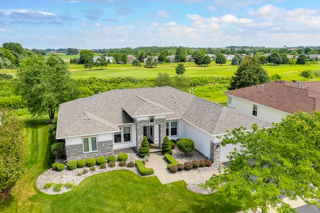 11952 Stonewater Crossing, Huntley, IL 60142 (MLS #10456633) :: Berkshire Hathaway HomeServices Snyder Real Estate