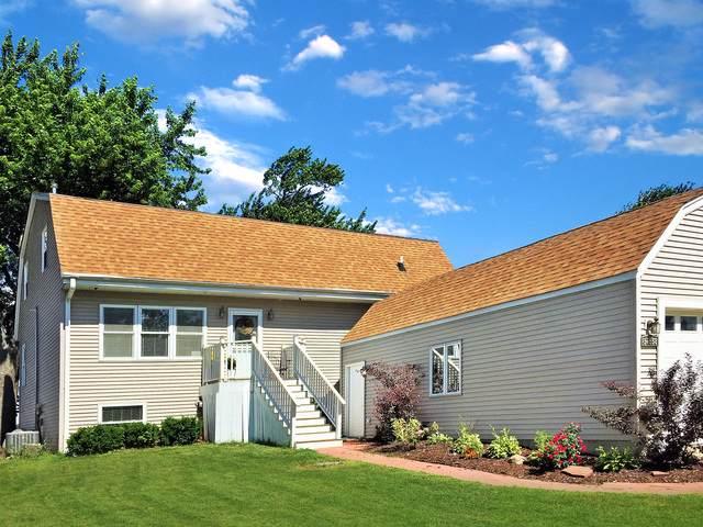 37558 N Granada Boulevard, Lake Villa, IL 60046 (MLS #10456857) :: Angela Walker Homes Real Estate Group