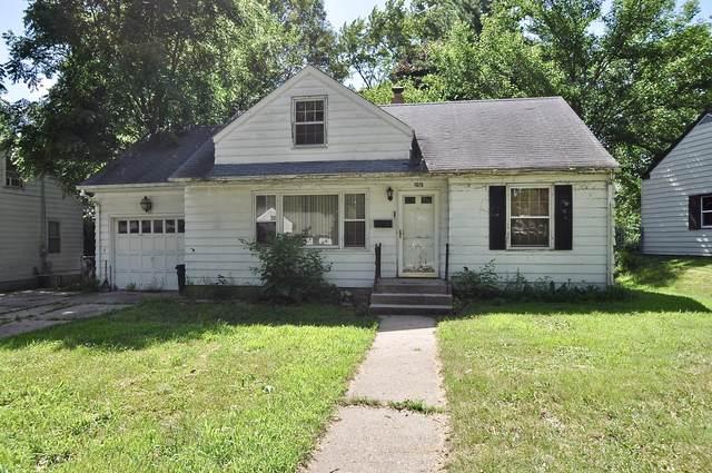 1615 Macarthur Drive, Rockford, IL 61108 (MLS #10456921) :: Baz Realty Network   Keller Williams Elite