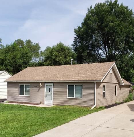 2413 Burbank Street, Joliet, IL 60435 (MLS #10457037) :: Ani Real Estate