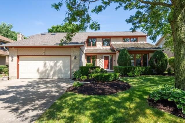 1107 Hidden Lake Drive, Buffalo Grove, IL 60089 (MLS #10457070) :: Helen Oliveri Real Estate