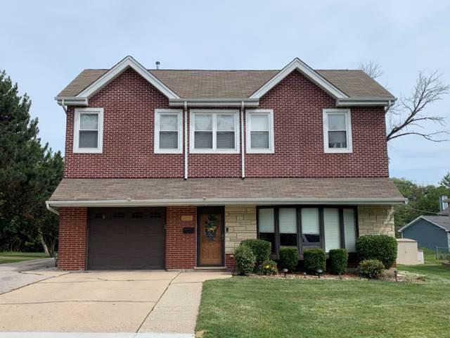 3814 Rugen Road, Glenview, IL 60025 (MLS #10457089) :: Helen Oliveri Real Estate