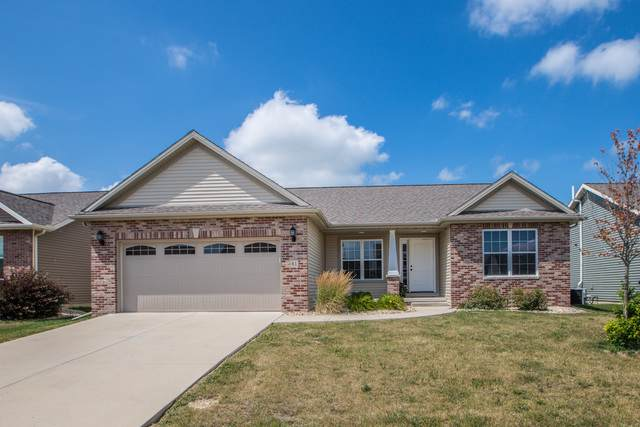 61 Dry Sage Circle, Bloomington, IL 61705 (MLS #10457213) :: Ryan Dallas Real Estate
