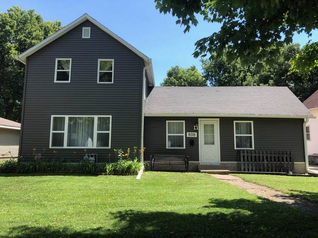808 1st Avenue, Sterling, IL 61081 (MLS #10457244) :: Berkshire Hathaway HomeServices Snyder Real Estate
