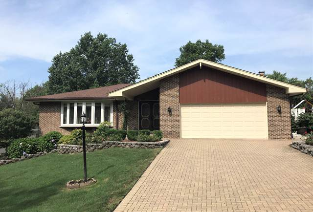 12724 S 74th Avenue, Palos Heights, IL 60463 (MLS #10457315) :: Ani Real Estate