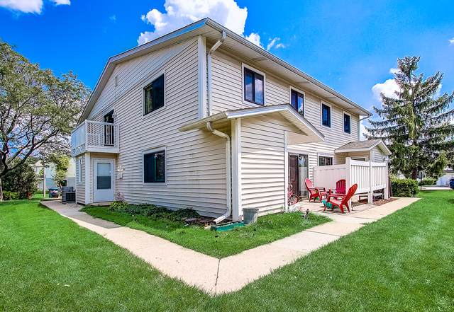 342 Regatta, Schaumburg, IL 60194 (MLS #10457400) :: Berkshire Hathaway HomeServices Snyder Real Estate