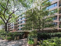 1555 N Sandburg Terrace #404, Chicago, IL 60610 (MLS #10457467) :: Ani Real Estate