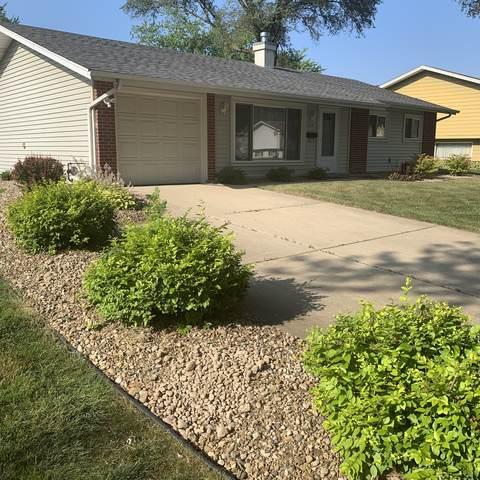 560 Briarcliff Lane, Hoffman Estates, IL 60169 (MLS #10457686) :: Berkshire Hathaway HomeServices Snyder Real Estate