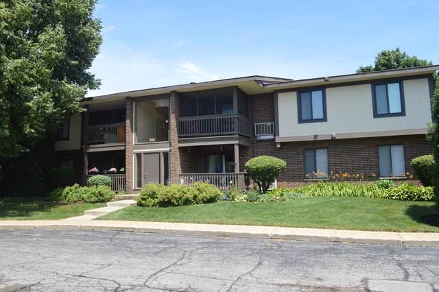 562 Somerset Lane #7, Crystal Lake, IL 60014 (MLS #10457730) :: Lewke Partners