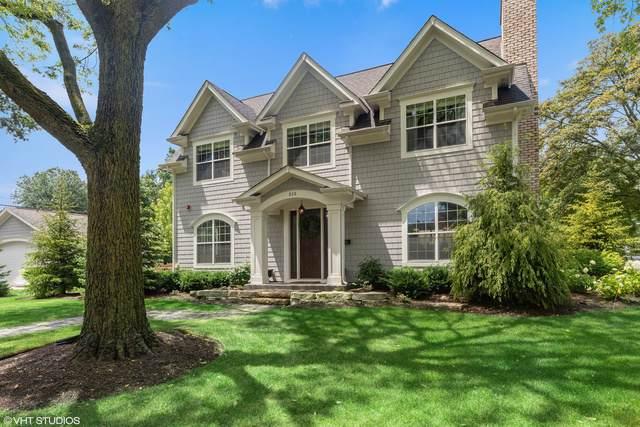 515 Kenwood Avenue, Libertyville, IL 60048 (MLS #10457936) :: Helen Oliveri Real Estate