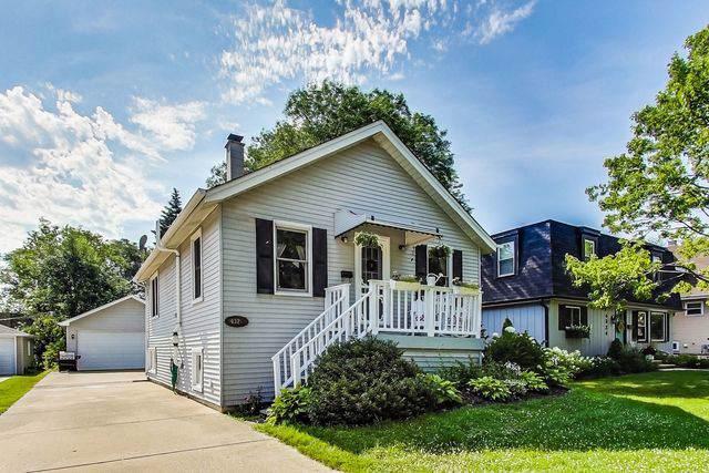 4326 Western Avenue, Western Springs, IL 60558 (MLS #10457942) :: Littlefield Group