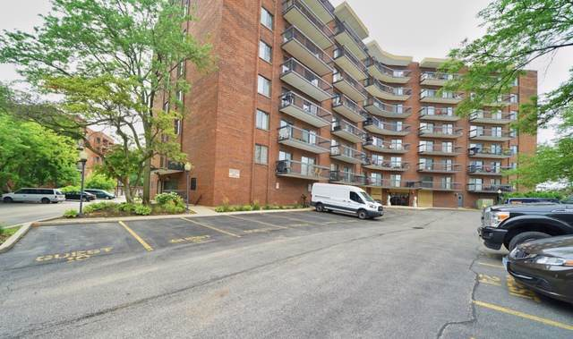 711 S River Road #302, Des Plaines, IL 60016 (MLS #10457960) :: Berkshire Hathaway HomeServices Snyder Real Estate
