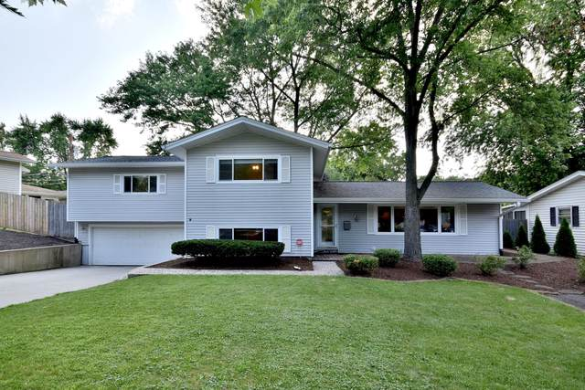 135 S 18th Street, St. Charles, IL 60174 (MLS #10457987) :: Berkshire Hathaway HomeServices Snyder Real Estate