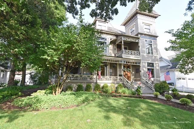 677 Highland Avenue, Glen Ellyn, IL 60137 (MLS #10458062) :: John Lyons Real Estate