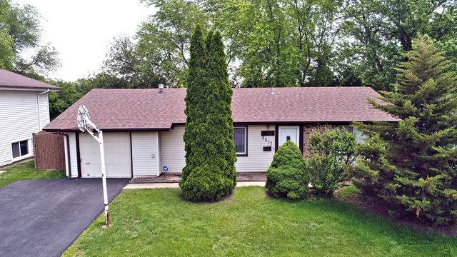 5517 E Celebrity Circle, Hanover Park, IL 60133 (MLS #10458474) :: Berkshire Hathaway HomeServices Snyder Real Estate