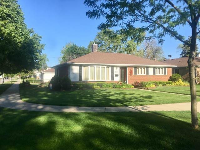 1011 S 6th Avenue, Des Plaines, IL 60016 (MLS #10458510) :: Berkshire Hathaway HomeServices Snyder Real Estate