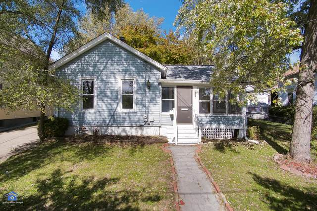 924 Rural Street, Aurora, IL 60505 (MLS #10458735) :: The Dena Furlow Team - Keller Williams Realty