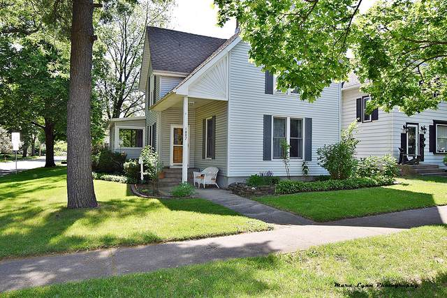 1002 S 3rd Street, St. Charles, IL 60174 (MLS #10458957) :: Berkshire Hathaway HomeServices Snyder Real Estate
