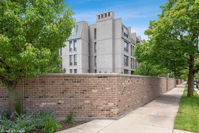650 Winnetka Mews #210, Winnetka, IL 60093 (MLS #10459186) :: Berkshire Hathaway HomeServices Snyder Real Estate