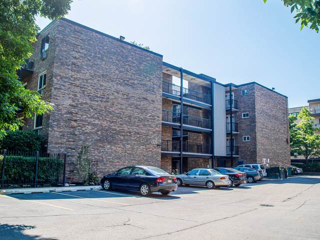 1321 W Birchwood Avenue #107, Chicago, IL 60626 (MLS #10459349) :: Berkshire Hathaway HomeServices Snyder Real Estate