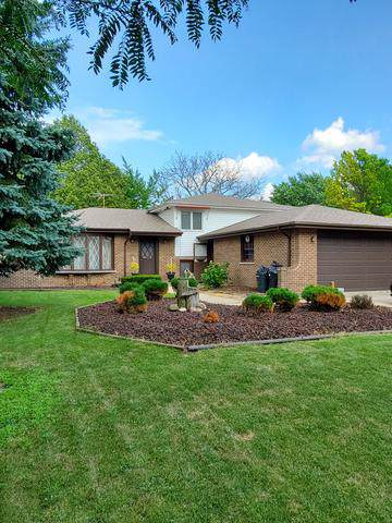 7313 Bayberry Lane, Darien, IL 60561 (MLS #10459480) :: The Wexler Group at Keller Williams Preferred Realty