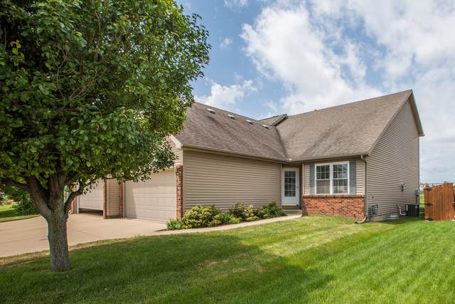 109 Powers Drive, Bloomington, IL 61704 (MLS #10459529) :: Berkshire Hathaway HomeServices Snyder Real Estate