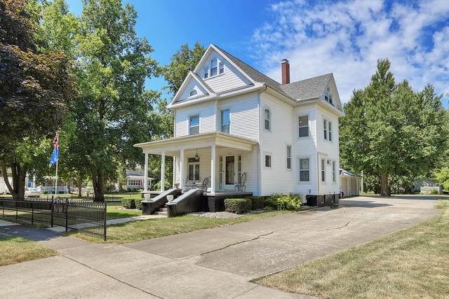 305 N Guthrie Street, Gibson City, IL 60936 (MLS #10459530) :: Ryan Dallas Real Estate