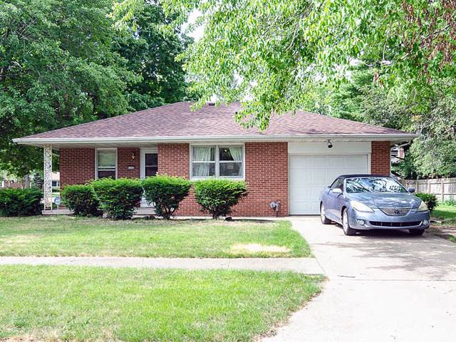 1302 E Mumford Drive, Urbana, IL 61801 (MLS #10459565) :: Berkshire Hathaway HomeServices Snyder Real Estate