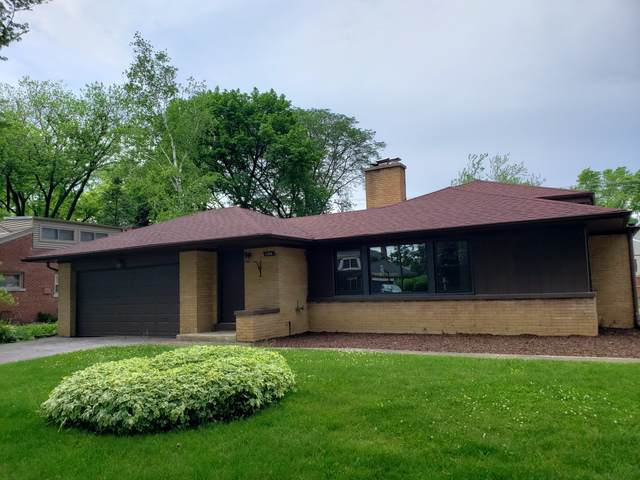 1104 W Lincoln Street, Mount Prospect, IL 60056 (MLS #10459707) :: Berkshire Hathaway HomeServices Snyder Real Estate