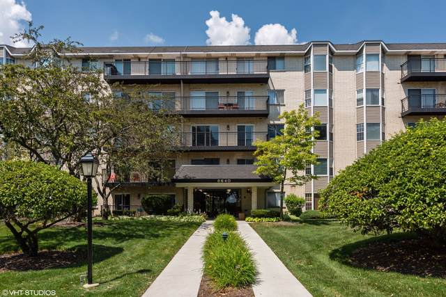 8640 Waukegan Road #528, Morton Grove, IL 60053 (MLS #10459730) :: Berkshire Hathaway HomeServices Snyder Real Estate