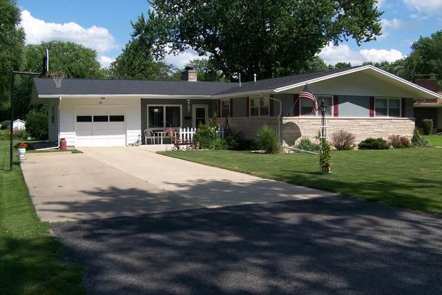 603 N 2nd Street, Fairbury, IL 61739 (MLS #10459767) :: Property Consultants Realty